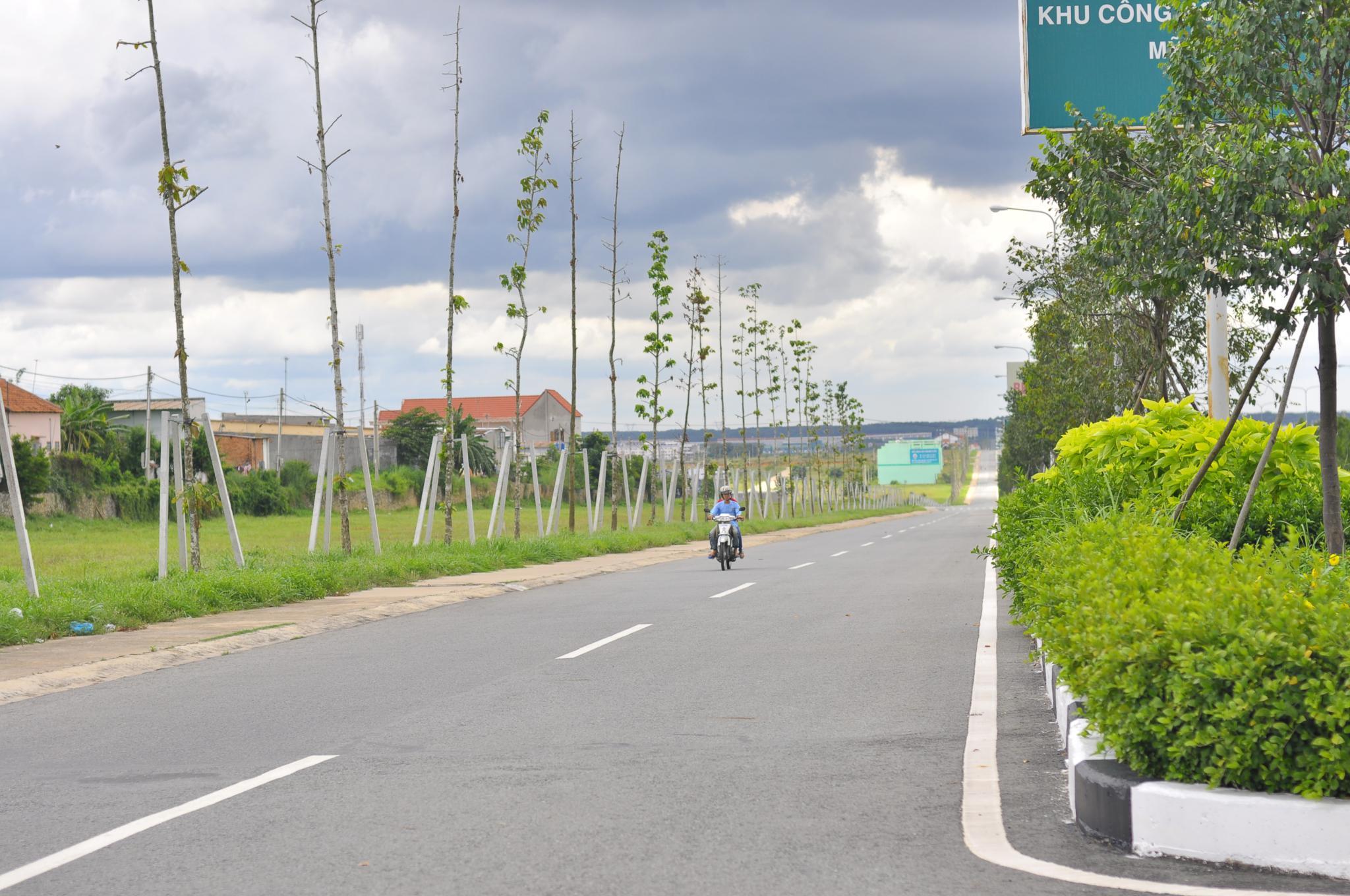 đất mặt tiền đường Mỹ Phước Tân Vạn