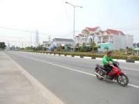 Bán đất mặt tiền đường Huỳnh Văn Luỹ